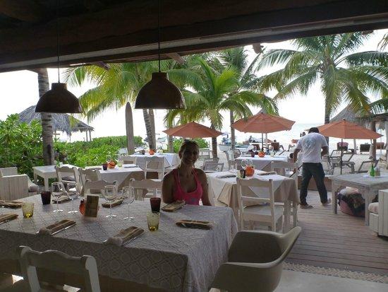 Holbox Hotel Casa las Tortugas - Petit Beach Hotel & Spa: Restaurant sobre la playa