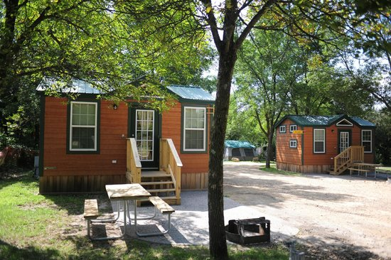Wisconsin Dells KOA: Deluxe Studio Cabins with bathroom. Sleeps up to 4 people.