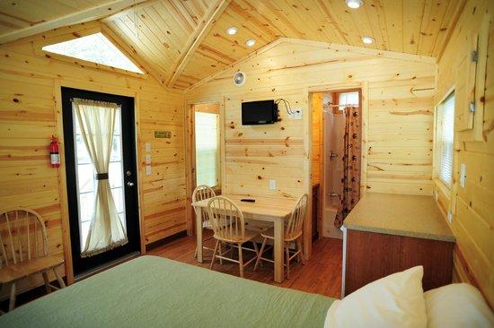 Wisconsin Dells KOA: Inside view of a Deluxe Studio cabin.
