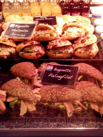 Simonis aan de Haven: Baguette con gamberetti olanndesi o con filetto di