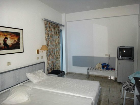 Belair Beach Hotel : комната №2