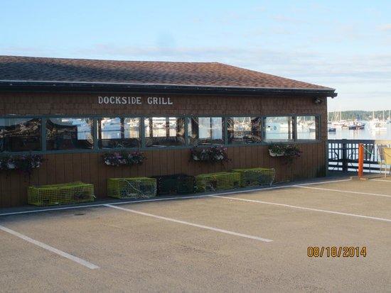 Dockside Grill: exterior