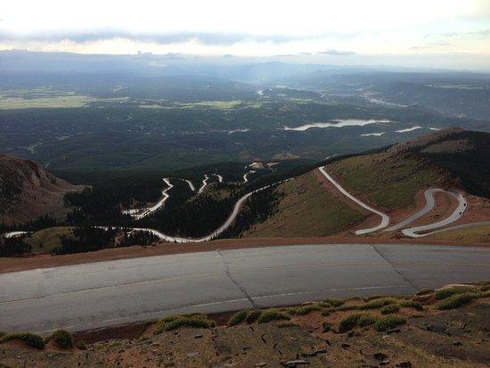 Pikes Peak: Twisty roads
