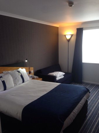 Holiday Inn Express Manchester East: Our room