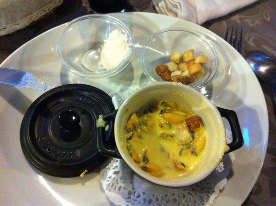Chez Laurette: Soupe de moules