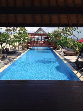 Sing Ken Ken Lifestyle Boutique Hotel: Rooftop pool