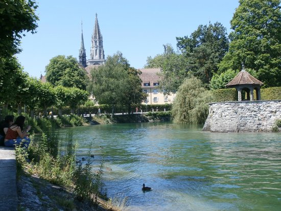 Niederburg: View from lake towards the Cathedral