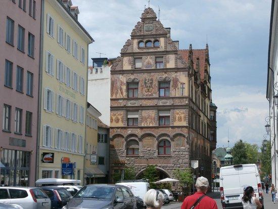 Niederburg: Building in the Old Town