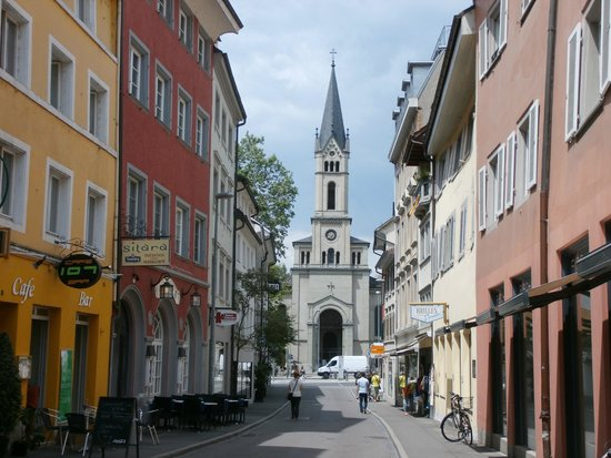 Niederburg: Narrow street