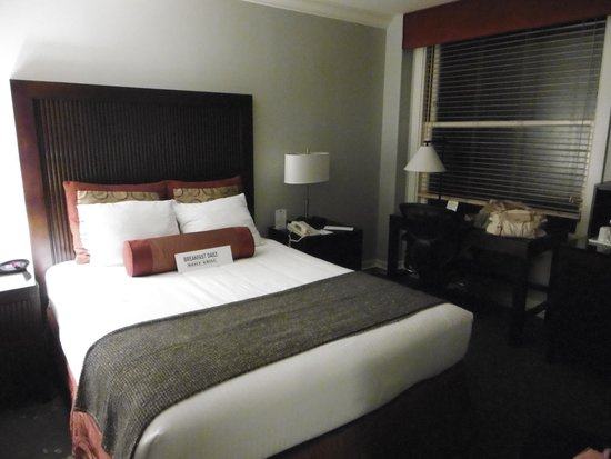 Handlery Union Square Hotel: Our room