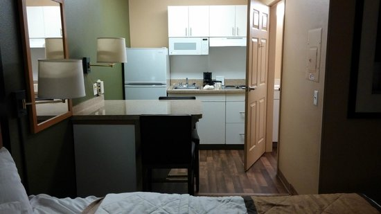 Extended Stay America - Orange County - Irvine Spectrum: Kitchen / Dinette Area