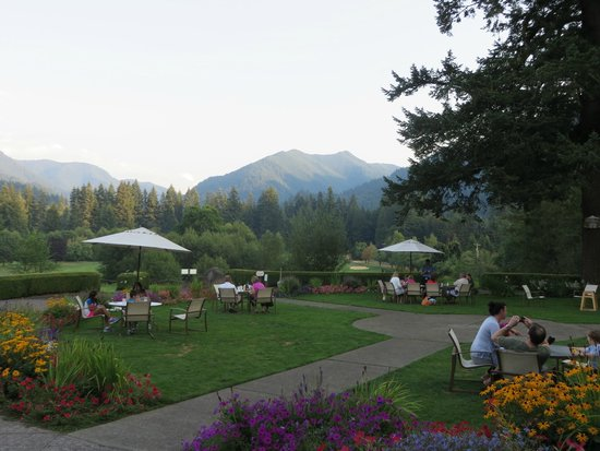 BEST WESTERN PREMIER COLLECTION Resort At The Mountain: View from Mallards