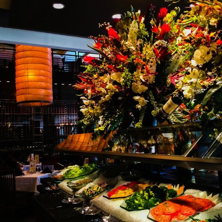 Fogo de Chao Brazilian Steakhouse: View of the salad bar on one side