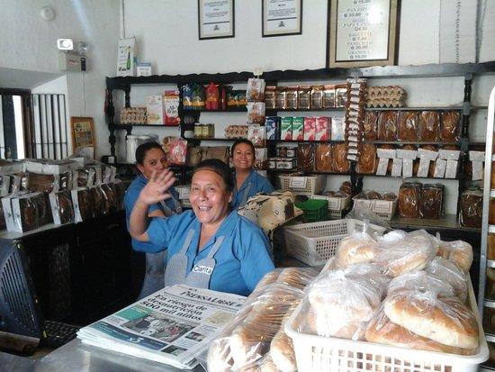Dona Luisa Xicoteneatl : Bakery