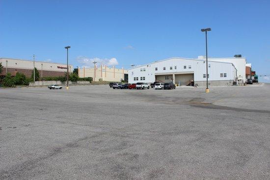 Clay Cooper Theatre: Theatre back parking lot