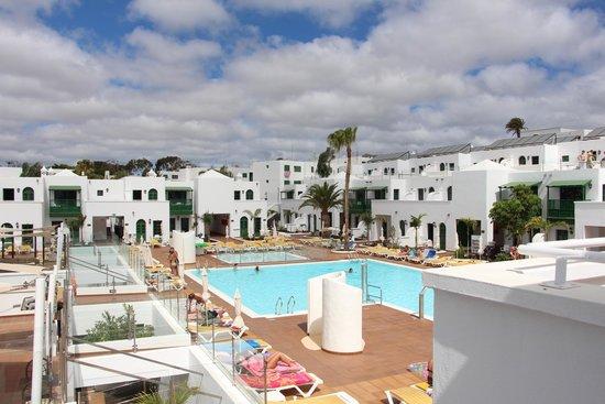 Gloria Izaro Club Hotel: Vista de la piscina desde la 619