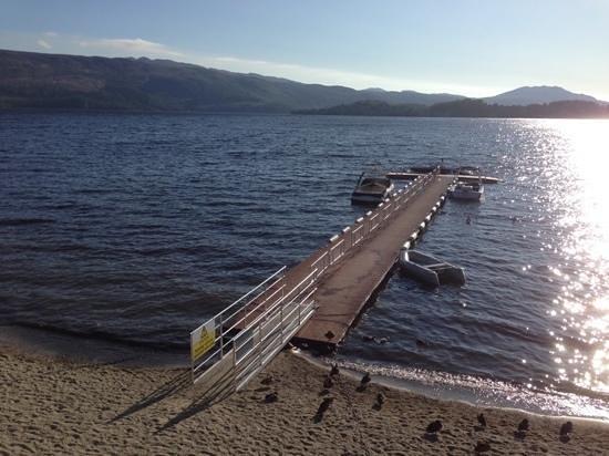 Lodge on Loch Lomond: view for breakfast