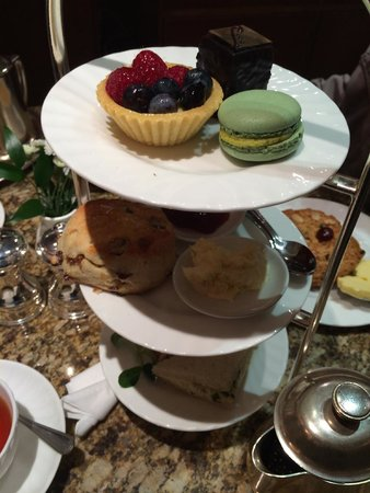 Bettys Cafe Tea Rooms - Harrogate: the cakes and pastries are so good