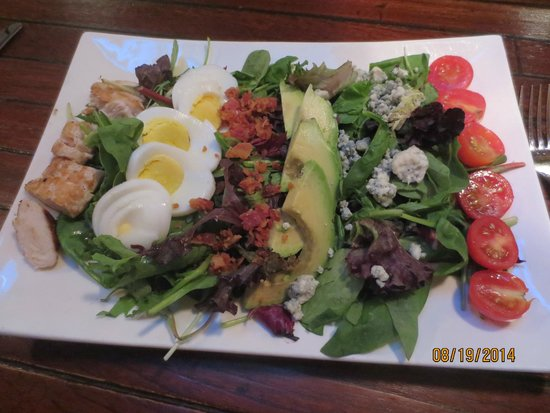 The Thistle Inn Restaurant: Cobb salad
