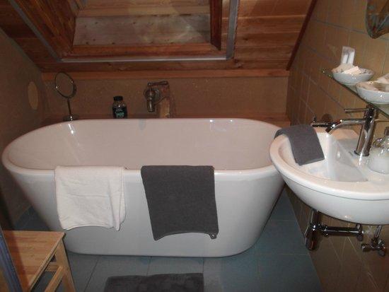 Bathroom Picture Of Het Midden Van De Wereld Diksmuide Tripadvisor