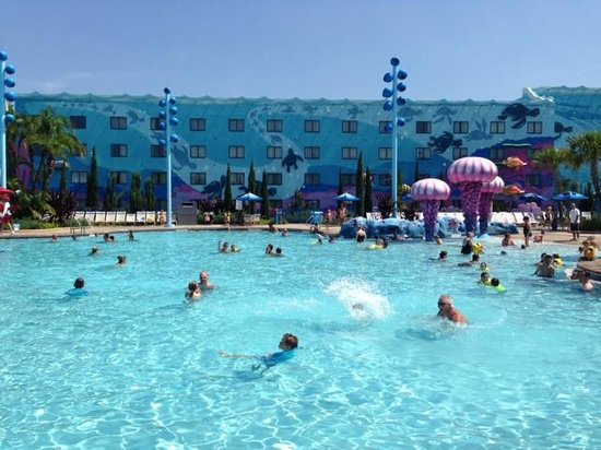 Disney's Art of Animation Resort: Big Blue Pool