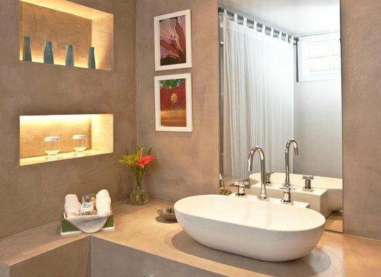 Abracadabra Pousada: Classic Bathroom