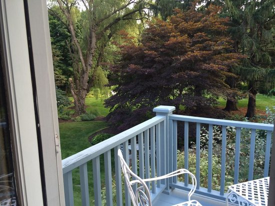 Hartwell House Inn: View out balcony door