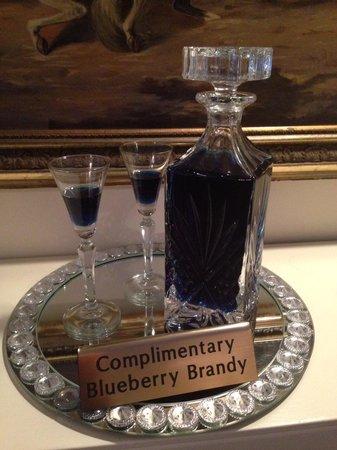 Hartwell House Inn: Blueberry brandy