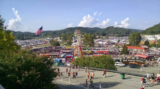 Bristol Motor Speedway: The Carnival like atmospher