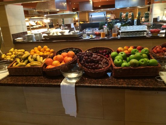 Playa Granada Club Resort: Les buffets toujours au top...