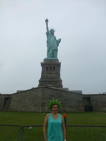 Statue de la liberté : En la parte de abajo