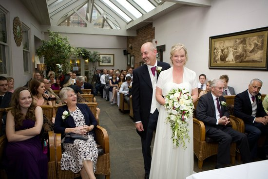 Stanwell House Hotel: Wedding ceremony