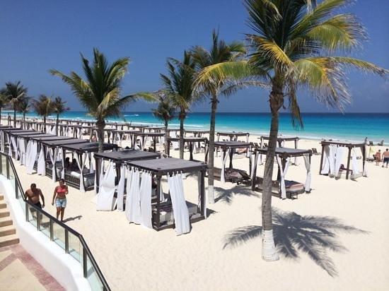 Hyatt Zilara Cancun: the beach