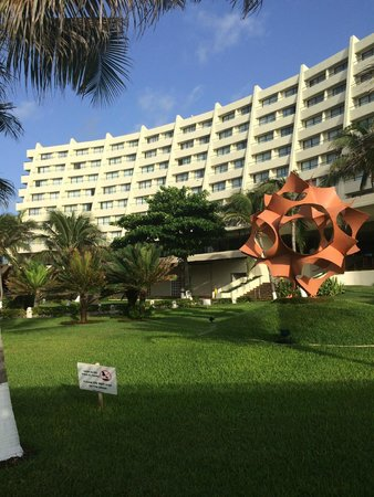 Crown Paradise Club Cancun: Beautiful and clean resort