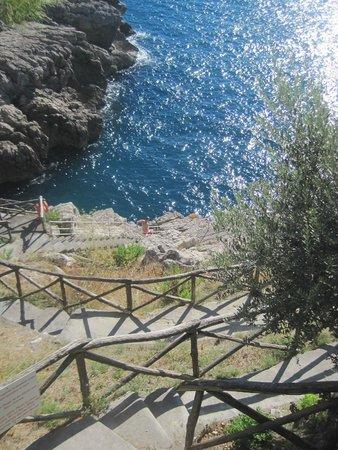 Hotel Delfino: trappen naar strand