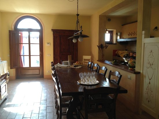 Aia Mattonata Relais: Kitchen area