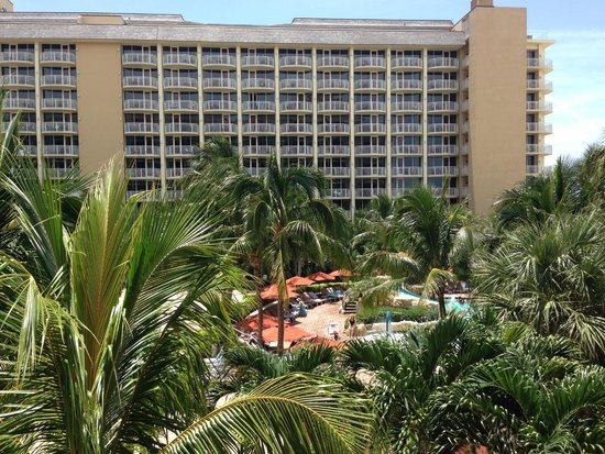 JW Marriott Marco Island Beach Resort : View over the kids pool to the next building