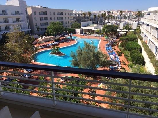 Marina Club Lagos Resort: Pool and marina view from second floor studio.