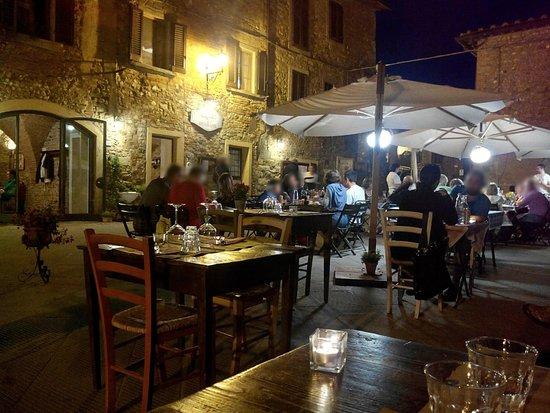 Osteria Il Campanellino: Buono e bello