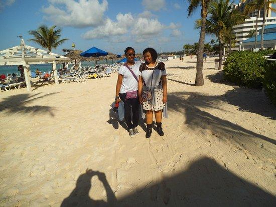 Melia Nassau Beach - All Inclusive: Just arriving at the Melia