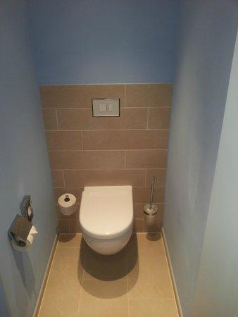 Ibis Styles Hildesheim: WC