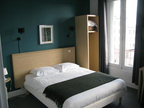 Hôtel Saint Louis : Camera