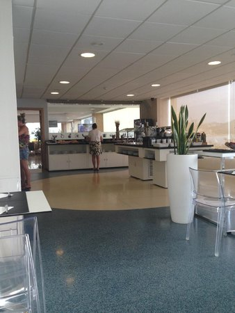 Hotel Spa Porta Maris & Suites del Mar: Breakfast - Chilled atmosphere if you get in early