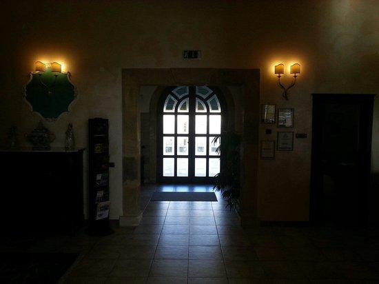 Il Podere Hotel: Ingresso reception