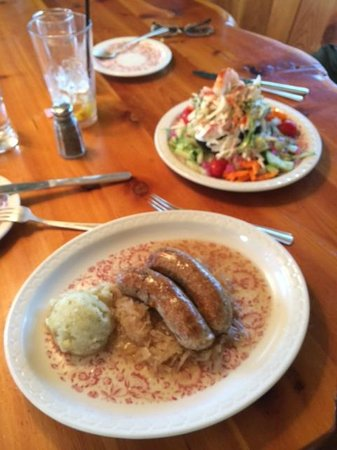 Black Forest Restaurant: Brats