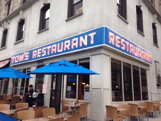 Tom's Restaurant : Great food!! Can't go to NYC without going to see the front used in the Seinfeld episodes!!!��