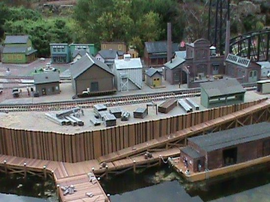 Taltree Arboretum and Gardens: The wharf