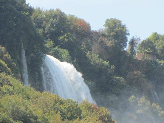 Cascata delle Marmore: marmore