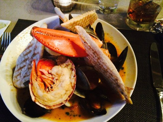Checkers Bistro: Seafood Special