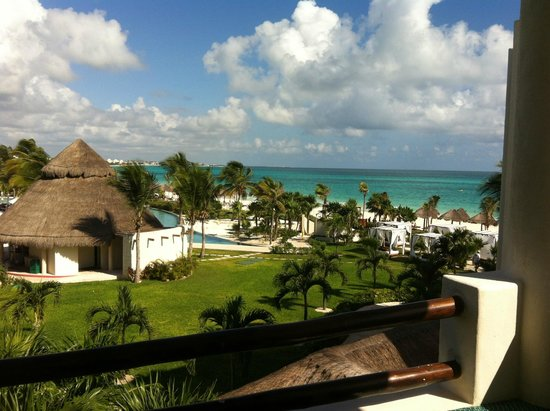Secrets Maroma Beach Riviera Cancun: View from our balcony